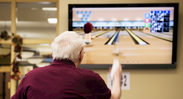 ICare Touchpoints Rehab At Bloomfield Recreation Wii Bowling